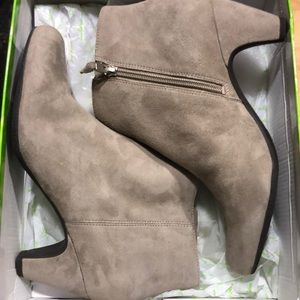 Sam Edelman Shoes - Sam Edelman Michelle suede boots new with box